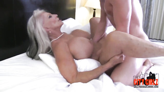 Old ash-blonde with monstrous milk milk cans, Sally D'angelo nails a much junior stud in a motel guest room