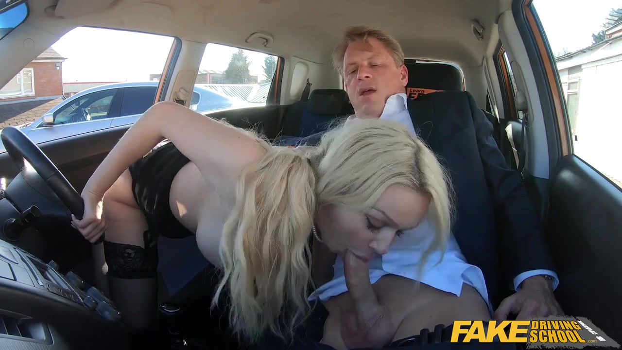 Amber Wooly Porn Pics amber jayne doesn't consider gargling her driving