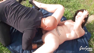 Sex-Positive nubile black-haired, Sarah loves to get pulverized stiff in the nature, during the day