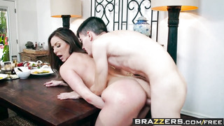 Brazzers - Mummies Like it Monstrous - Kendras Thanksgiving Sticking episode starring Kendra Eagerness and Jordi El