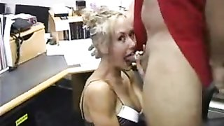 Brandi Enjoy having bang-out at the Office
