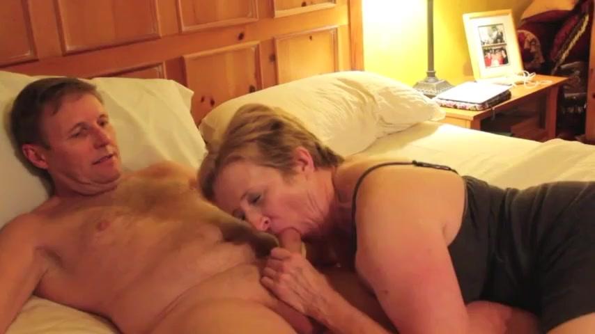 Mature Woman Sucking A Hard Cock Uiporn Com