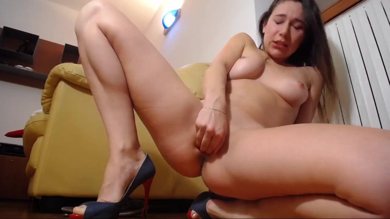 College Girl Fingering Orgasm
