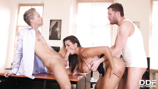 Chloe Hard-Core DOUBLE PENETRATION At The Office - Chloe Lamour